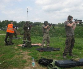 Соревнуются снайперы
