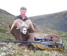 Охота на якутского снежного барана.