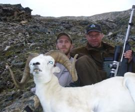 Охота на барана Далла