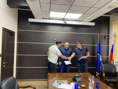 An agreement was signed on the construction of a hatchery for breeding chamois and Bezoar goats