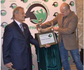 Награждение Хусейна Голабчи
