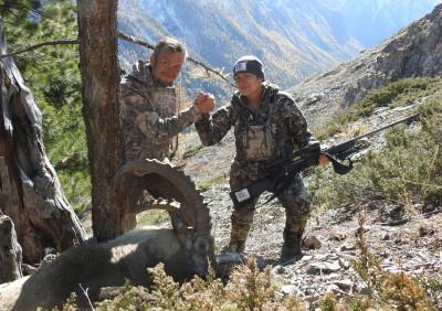 Охота на сибирского козерога в горах Алтая.